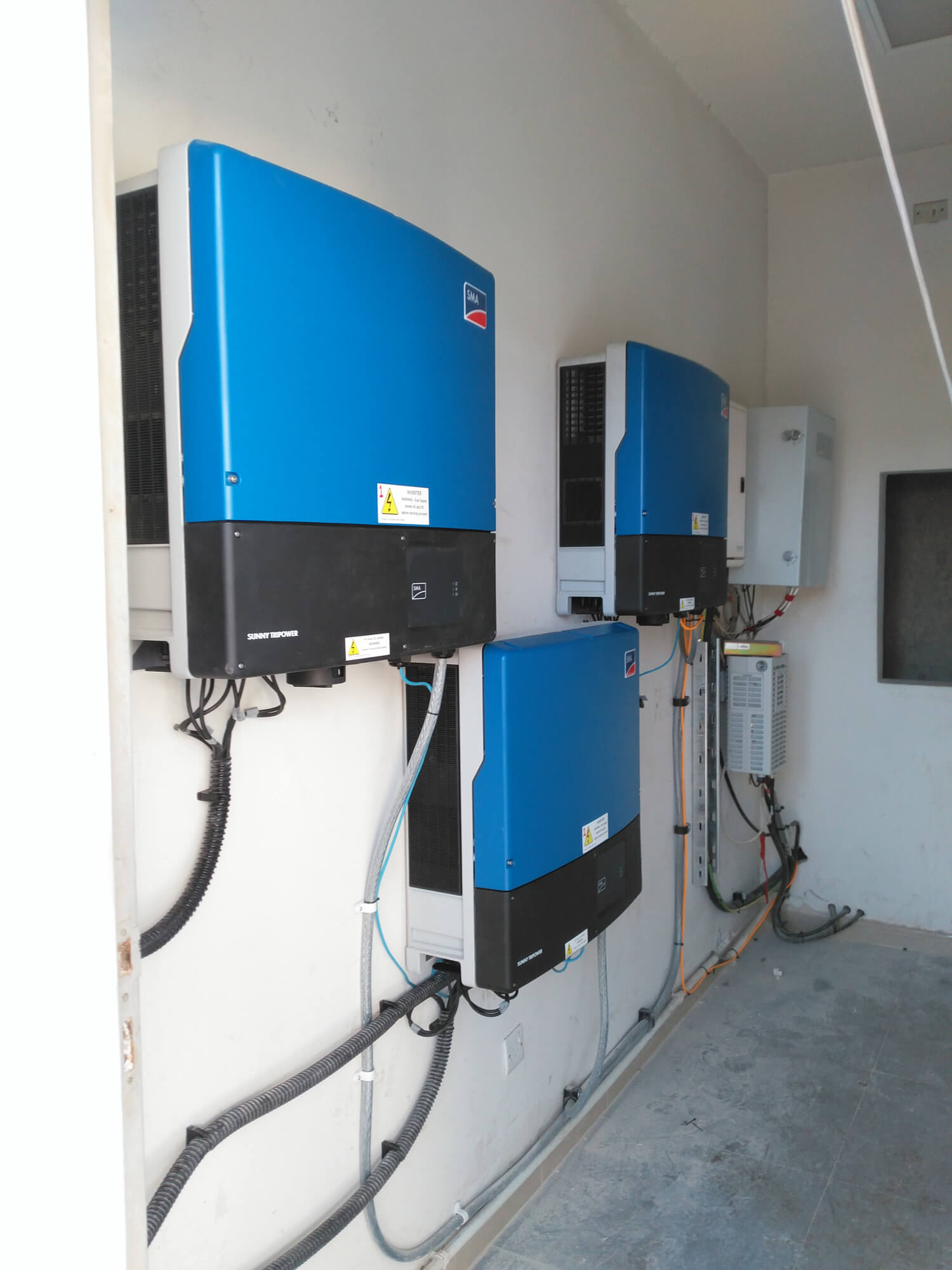 solar-panel-installation-hotel-Ibis-Amman 004