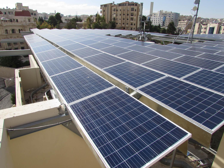 solar-panel-installation-hotel-Ibis-Amman 007