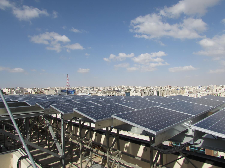 solar-panel-installation-hotel-Ibis-Amman 011
